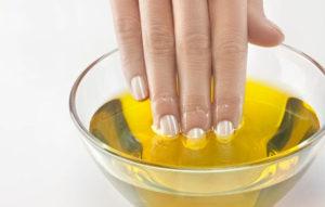 Limone e unghie